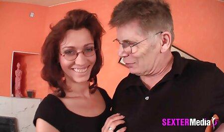 Cặp vợ chồng trẻ gợi cảm trên giường phim sec người và thú sau khi porn