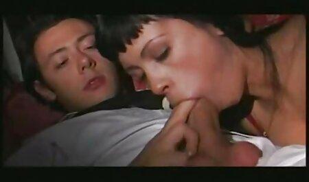 Cặp đôi phim sec thu va nguoi nghiệp dư hấp dẫn bằng miệng làm hài lòng nhau