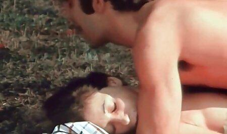 Enema lesbo đồ uống hậu môn milksquirt trong bồn phim sec nguoi voi dong vat tắm