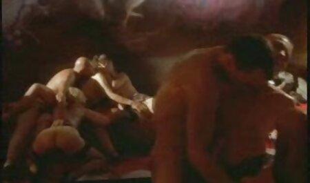 Trẻ gái đồng ý để có quan hệ tình dục với một người đàn ông dũng cảm phim sec nguoi voi thu